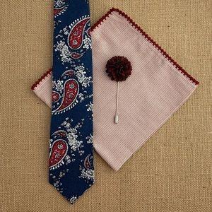 ⚜️HP⚜️ Midnight Blue Paisley Necktie Accessory Set